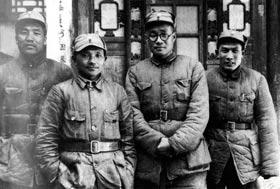 129师领导在山西辽县(今左权县)合影