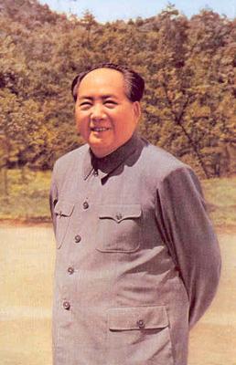 1965年5月,毛泽东重上井冈山。