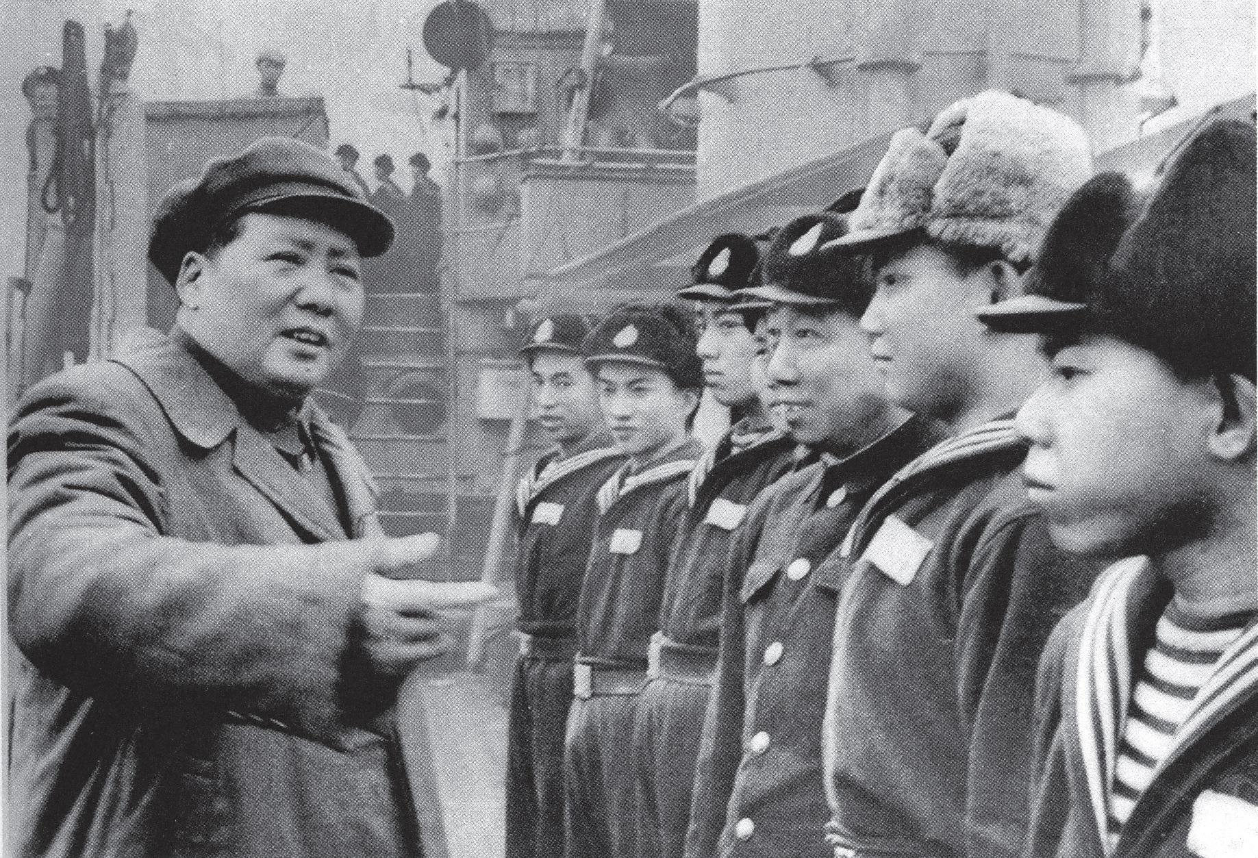 毛泽东纪念堂视频_毛泽东心系海军建设--党史频道-人民网