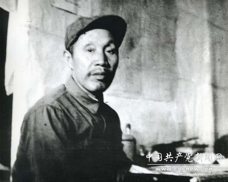 1935年,董必武担任中央党校校长。