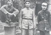 朱德(中)、关向应(右)和王震(左)在陕北合影