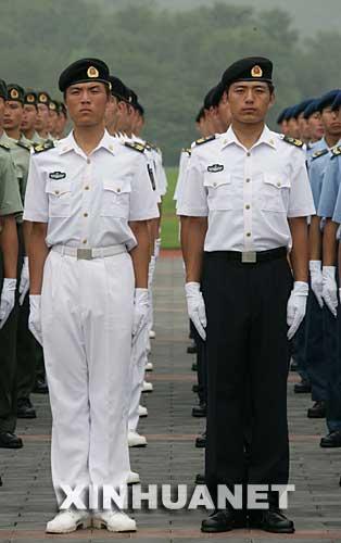 海军男士兵夏常服-O七 式军服 5图片